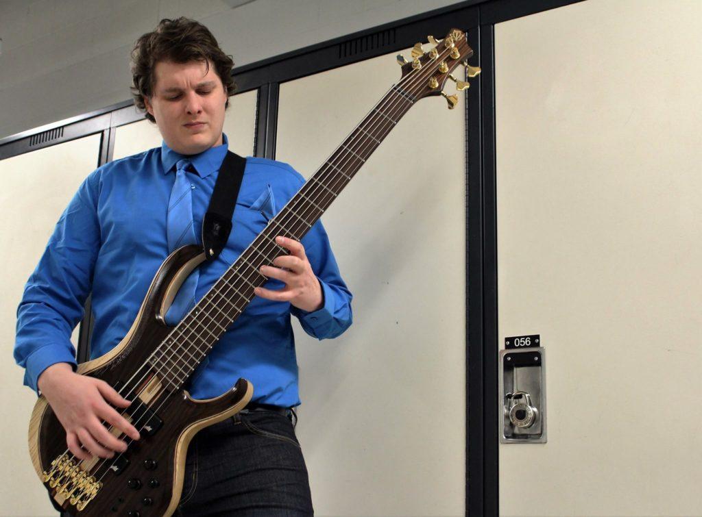 Zakk Bass 1