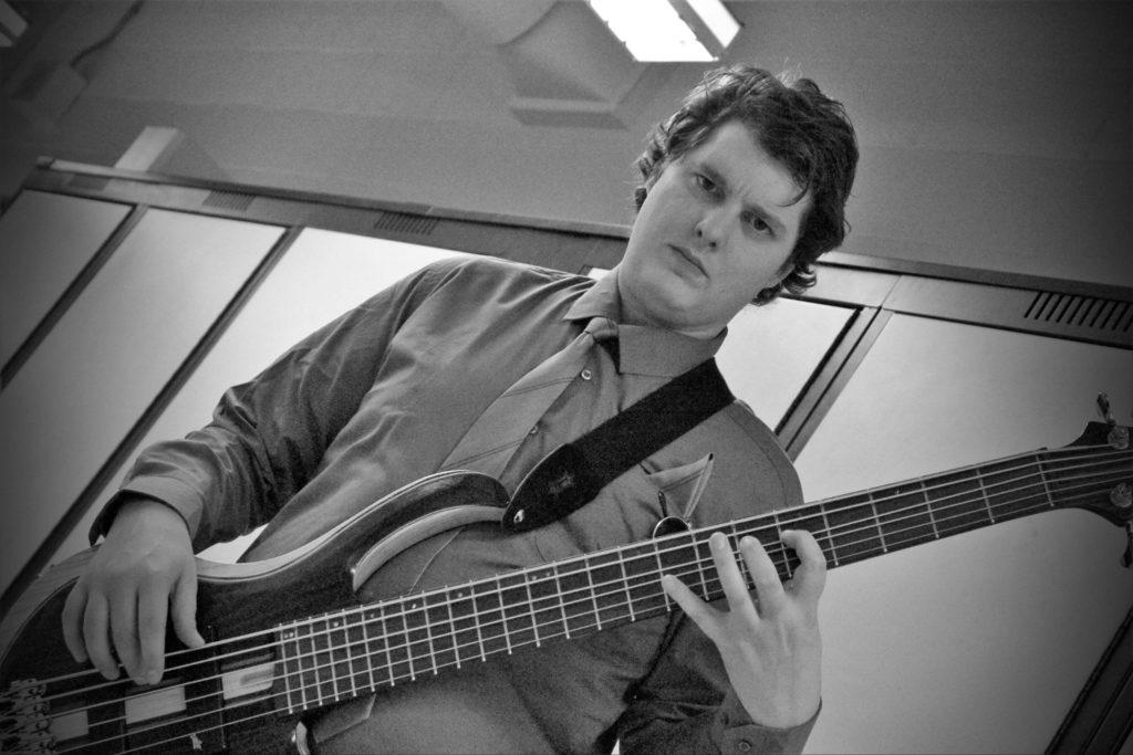 Zakk Bass 4